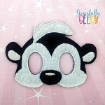 Skunk Mask Embroidery Design - 5x7 Hoop or Larger